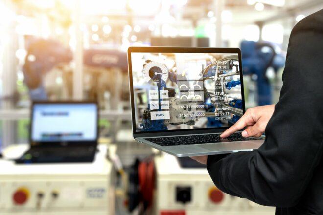 SAP TRM steuert die Lageranforderungen, um Lagerprozesse effizienter zu gestalten.