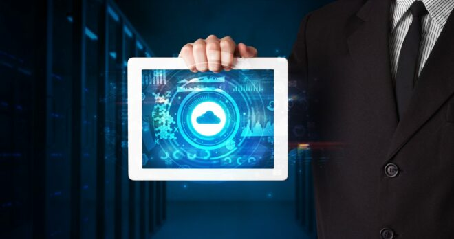 Die SAP Digital Manufacturing Cloud besteht aus 4 besteht aus 4 Bestandteilen.
